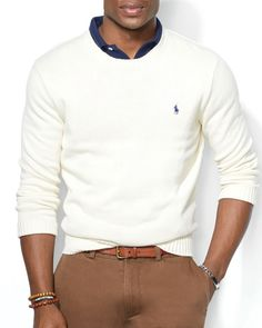Die: Lightbrown Chinos + Cream Sweater + Navy Polo