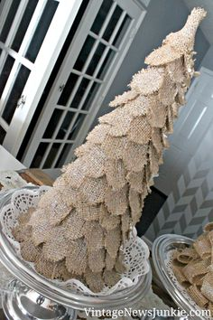 How to Make a Simple Burlap Christmas Tree