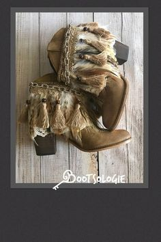 IN+STOCK+SIZE+6.5M+Decorated+ankle+boot,+festival+boot,+feather+boot,+bootie.+Reworked+boot.+Leather+boot,+suede.+New+boots,+never+worn.