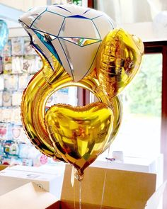 Balloon-in-a-box with engagement ring mylar balloon. Helium Filled Balloons, Helium Balloons, Foil Balloons, Wedding Balloon Decorations, Wedding Balloons, Birthday Balloons, Engagement Balloons, Engagement Ring, Engagement Ideas