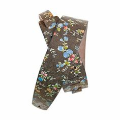 """Planet Waves : Distressed Leather Guitar Strap Floral, Brown : Unique Brown Flower artwork : Provides maximum comfort for standing situations : Adjustable from 44.5 to 53"""" long : A great gift idea for any guitar player : Made from high-quality leather"""