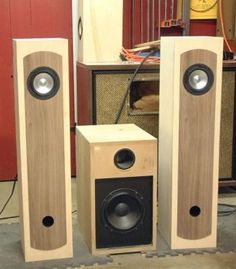 DIY Audio Projects - Need to try this one. Open Baffle Speakers, Pro Audio Speakers, Wooden Speakers, Audiophile Speakers, Horn Speakers, Speaker Amplifier, Sound Speaker, Diy Speakers, Speaker Plans
