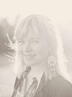 Käsityö – Sivu 2 – MUITA IHANIA Daenerys Targaryen, Fictional Characters, Art, Art Background, Kunst, Performing Arts, Fantasy Characters, Art Education Resources, Artworks
