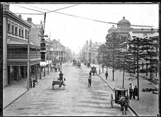 Hunter Street, Newcastle, NSW, Australia looking toward the Post Office on corner of Hunter and Bolton Streets. Newcastle Town, Hunter Street, Aboriginal History, Historical Architecture, Historical Pictures, City Buildings, Old Photos, Vintage Photos, Beautiful Beaches
