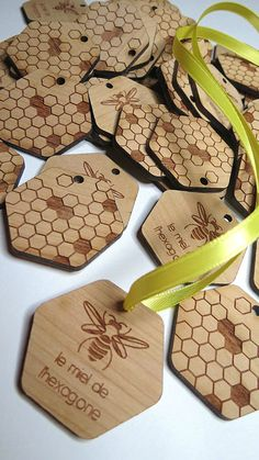 Honey Wood Tags by GrainDEEP; #woodtags #woodweddingtags #customtags #customwoodtags #weddingfavors #woodfavors #rustictags