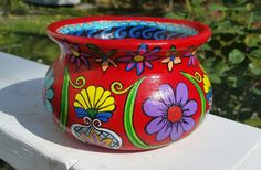 Mexican Pot by IslandDawnRocks on Etsy Painted Plant Pots, Painted Flower Pots, Art Shed, Pottery Painting Designs, Pottery Pots, Decorated Flower Pots, Mosaic Pots, Ceramic Flower Pots, Clay Pot Crafts
