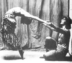 A History of Dance - Anna Pavlova and Mikhail Fokine in Cleopatra Dance Art, Ballet Dance, History Of Dance, Inspire Dance, Ballet Russe, Vintage Ballet, Russian Ballet, Beautiful Mind, Beautiful Things