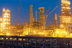 Oman petchem company to award $4.5bn contracts