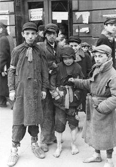 Warsaw Ghetto, 1941