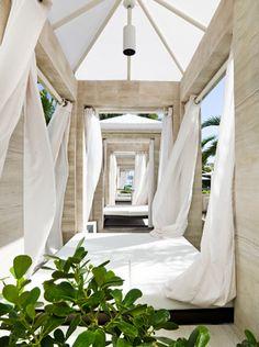 #StRegis Bal Harbour Resort, #Miami  http://www.stregisbalharbour.com.br/