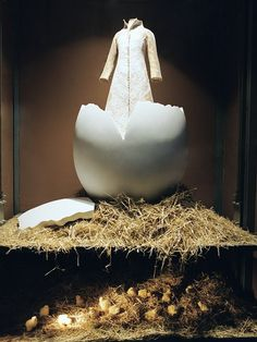 Easter Window display by Bomarzo, a design firm based in Spain