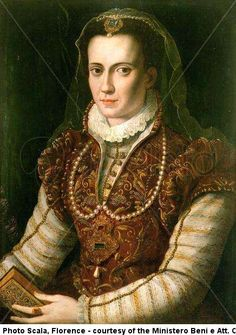15. Italian Renaissance; wearing decorative camicia shown at the neckline