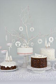 Christmas cakes by Blossom Tree Cake Co Harrogate North Yorkshire.jpg