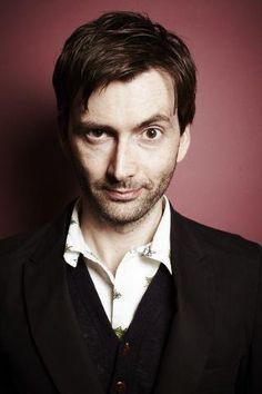 David Tennant: Love the eyebrows! not so much the beard but whatever...he looks more boyish without it
