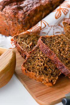 Helppo saaristolaisleipä kuuluu joulun suosikkeihin, mutta maistuu muulloinkin. Kurkkaa ohje! #joululeivonta #leivonta #leipä Meatloaf, Food, Essen, Meals, Yemek, Eten