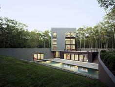 Casa abaixo do solo revela filosofia curiosa - Casa Vogue | Casas