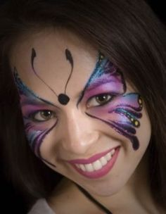 butterfly face painting - site also has lots of stencils! Face Painting Images, Face Painting Tutorials, Face Painting Designs, Body Painting, Butterfly Face Paint, Butterfly Makeup, Butterfly Eyes, Purple Butterfly, Superhero Face Painting
