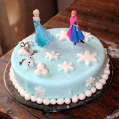 "Ré-Créations de Lili: Anniversaire ""Reine des Neiges"" Cupcake Cakes, Cupcakes, Candy Melts, Frozen Party, Cake Art, Food And Drink, Dessert Recipes, Birthday Cakes, Elsa"