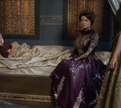 Kosem's purple & gold sequin dress, 2x09 - Magnificent Wardrobe