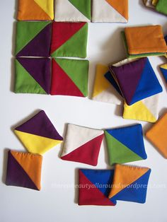 Tangram-like fabric puzzle. would be fun to make this from felt remnants (would m … - No Sew Fabric Crafts Easy Sewing Projects, Sewing Hacks, Sewing Tutorials, Sewing Crafts, Sewing Patterns, Sewing To Sell, Sewing For Kids, Free Sewing, Felt Bunny