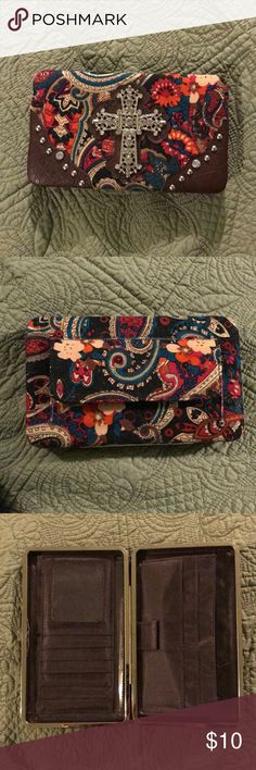 Clutch Wallet Beautiful clutch wallet! Great condition. Lots of storage on inside. Like new! Smoke free home! Look at closet for other women's things! Charming Charlie Bags Clutches & Wristlets