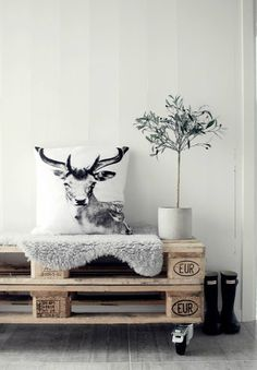 Wood Pallet | DIY Furniture