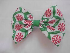 """Camdie Mints Hair Bow! 4.5"""" wide x 3""""long"""
