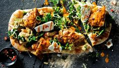 Spicy roast chicken with spinach and feta on flat bread Made with Garlic PERi-PERi sauce Cooking time Chi Ken Recipes, Nando's Recipes, Popular Recipes, Brunch Recipes, Healthy Recipes, Recipies, Spicy Roast Chicken, Creamy Chicken Pasta, Spinach Stuffed Chicken
