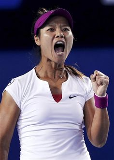 FILE - In this Jan. 25, 2014, file photo, Li Na, of China, celebrates after winning the first set over Dominika Cibulkova, of Slovakia, during ther women's singles final at the Australian Open tennis championship in Melbourne, Australia. (AP Photo/Aaron Favila, File) ▼19Sep2014AP|2-time Grand Slam winner Li Na retires from tour http://bigstory.ap.org/article/748217f773a246dfb2a429cd8afb9f14/2-time-grand-slam-winner-li-na-retires-tour #Li_Na