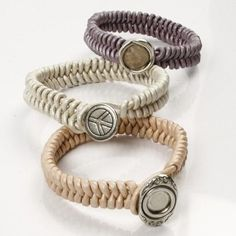 Craft & Creativity: Braided Leather Bracelets with a Link Button Fastener Tutorial Leather Cord Bracelets, Paracord Bracelets, Leather Jewelry, Wire Jewelry, Beaded Bracelets, Making Jewelry For Beginners, Jewelry Making, Do It Yourself Jewelry, Button Bracelet