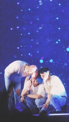maknae line owns this heart. Vmin, Jimin Jungkook, Bts Taehyung, Bts Bangtan Boy, Jikook, Foto Bts, Jung Hoseok, Dance Music, K Pop