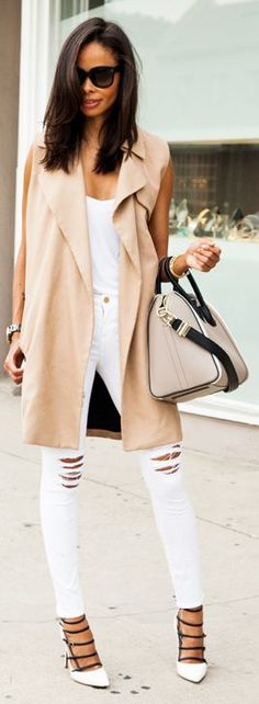 Caged heels + sleeveless trench.