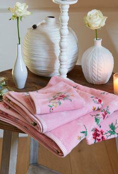Pip Studio Granny towel pink
