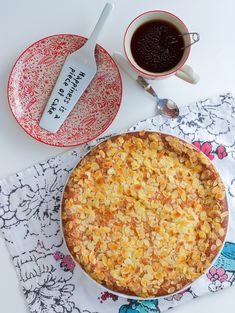 Vaniljkaka - Zeinas Kitchen Swedish Cookies, Cake Bites, Beef Wellington, Fika, Something Sweet, Sugar And Spice, Food Gifts, Pie Recipes, Bakery
