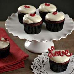 Red Velvet Cupcakes with Cream Cheese Frosting - Perfect for your Valentine!