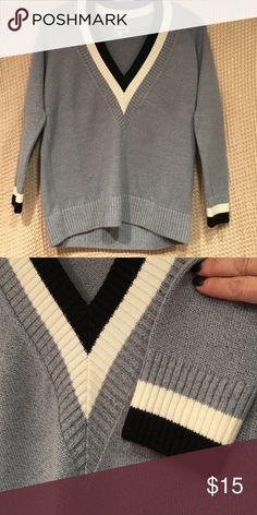 Top Blue ..v neck cozy comfy truehitt Sweaters V-Necks