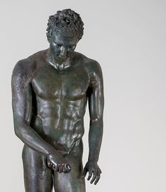 "Exhibition: 'Power and Pathos: Bronze Sculpture of the Hellenistic World' at the J. Paul Getty Museum, Getty Center, Los Angeles. http://artblart.com/2015/10/28/exhibition-power-and-pathos-at-the-j-paul-getty-museum-getty-center-los-angeles/ Art work: Athlete ""The Croatian Apoxyomenos"" (detail) 100-1 B.C. Greek Bronze and copper"