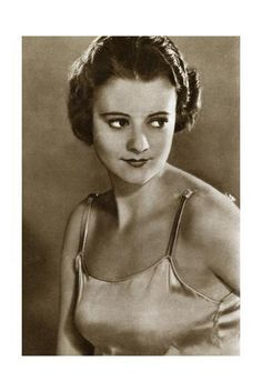 Hollywood Cinema, Classic Hollywood, Old Hollywood, American Singers, American Actress, Heather Angel, 9 Film, Hitchcock Film, Fair Complexion