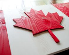 This handcrafted Canadian wood flag is a beautiful piece of patriotic wall art - Made in the USA. Pallet Flag, Wood Flag, Art Pariétal, Art Mural, Crafts To Do, Wood Crafts, National Flag Of Canada, Jack Flag, Flag Signs
