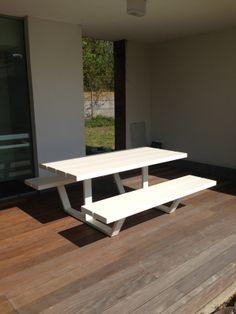 Cassecroute Table, design picnic table in aluminium. Up to 14m! #design #picnictable