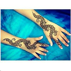 Arabic henna design that can be done on a regular basis