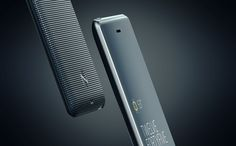 Pocket Screen: Das Zusatzgerät soll das Smartphone-Armband bei Bedarf auch mit...