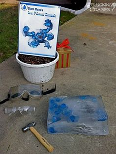 Ultimate List of Skylanders Party Ideas :  DIY Games, Decor, and Party Favors.  Plus the best places to shop for supplies!  | Pluckingdaisies.com