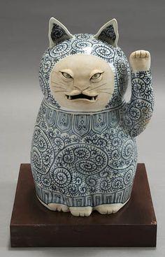 Neko Cat, Maneki Neko, Japanese Cat, Cat Statue, Cool Cats, I Love Cats, Here Kitty Kitty, Objet D'art, Cat Toys