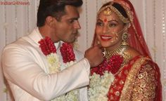 Bipasha, Karan Revisit Their Wedding Moments In This Video