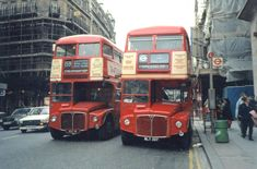 (body on the 159 route passes on Sightseeing Tour Duty. is currently in restoration. Volkswagen Bus, Vw Camper, Volkswagen Beetles, Rt Bus, Routemaster, Double Decker Bus, London Bus, London Transport, Busse