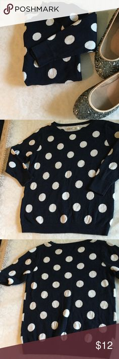"""Navy polka dot sweater Very soft navy cotton sweater with all over polka dot print, will fit up to 34"""" bust, length is 21"""", very lightly used, petite small but it could fit many regulars smalls too, sleeves are between 3/4 and full length Old Navy Sweaters Crew & Scoop Necks"""