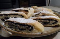Extra karamelová šlehačka dá trochu práce, ale stojí za to! Cheesesteak, Ale, Bread, Breakfast, Ethnic Recipes, Food, Basket, Meal, Brot