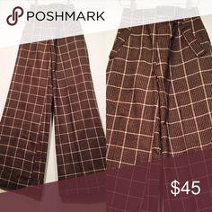 Vintage High Waist Bellbottom Plaid Pants Amazing Bellbottom pants. Waist 26 Hips 34  Rise 12 Length 43  Bells width 12 Pants Wide Leg