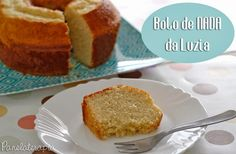 Esse é o bolo de nada que minha avó fazia, mas substituía o óleo por manteiga. Food Cakes, Fondant Cakes, Cupcake Cakes, Sweet Recipes, Cake Recipes, Muffin, Cake & Co, Food Decoration, Portuguese Recipes